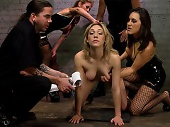 Lily LaBeau goes through her...